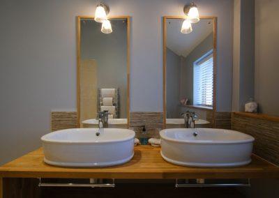 his & hers wash basins