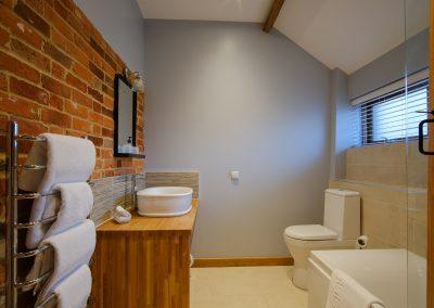 shetland cottage bathroom